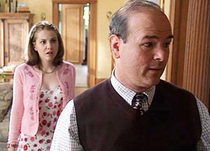 Mr Spier = the dad from Ten Things I Hate About You.